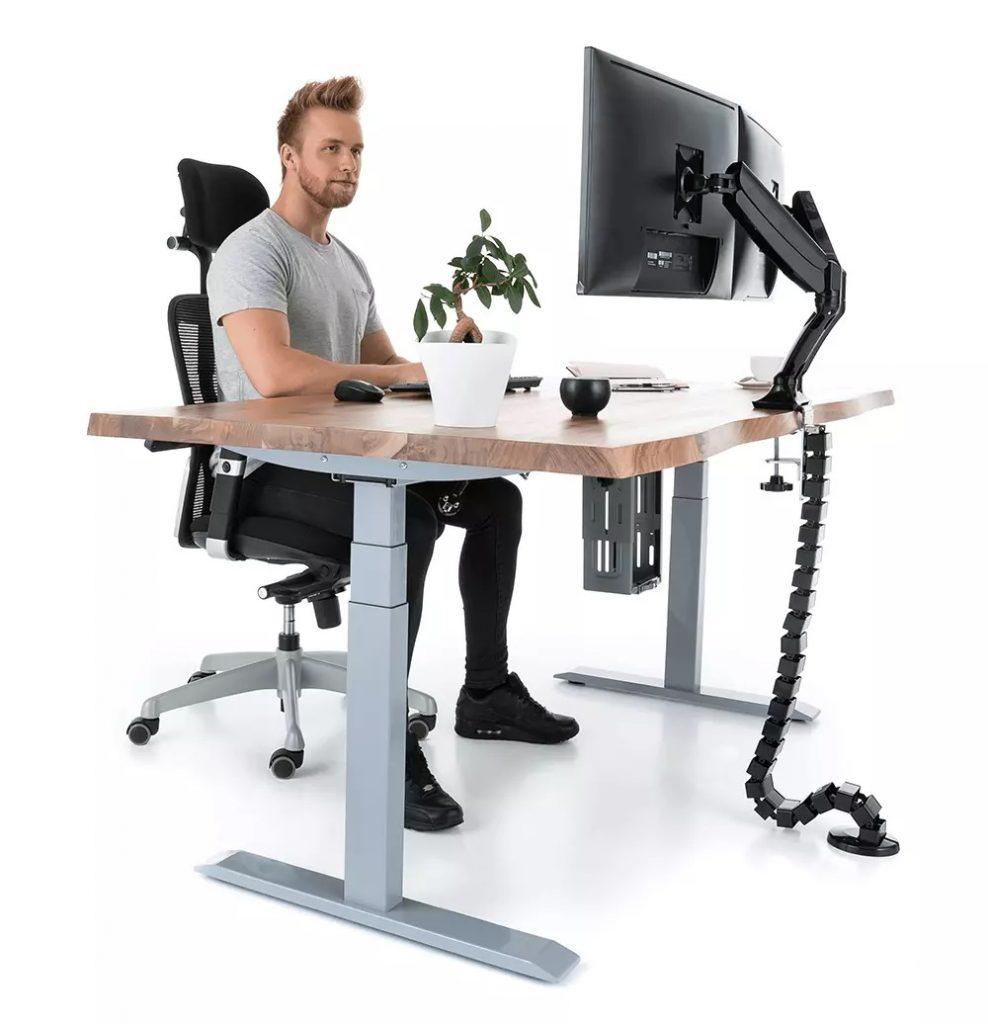 ergonomické sezení u stolu Liftor